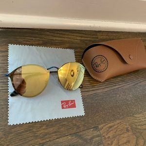 Ray-ban mirrored sunglasses
